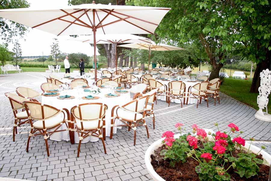 Per un banchetto all'insegna dell'armonia la disposizione ai tavoli è decisiva