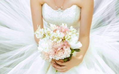 Tutti i tipi di bianco dell'abito da sposa: quale tonalità di bianco scegliere per il proprio abito?