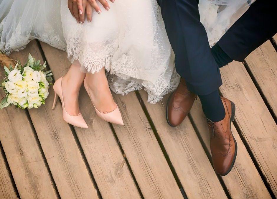 Come scegliere le scarpe da sposa perfette: ad ogni principessa la sua scarpetta