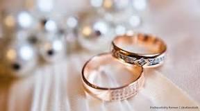Risultati immagini per gli sposi scelgono insieme le fedi